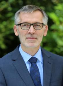Dr. Reinhard Pauw Geschäftsführender Vorstand